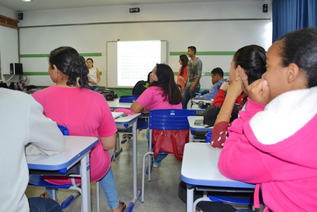 Com estrutura privilegiada, atividades em escola no Jardim Trabalhista serão mantidas, após manifestos de estudantes (Francisco Assis)