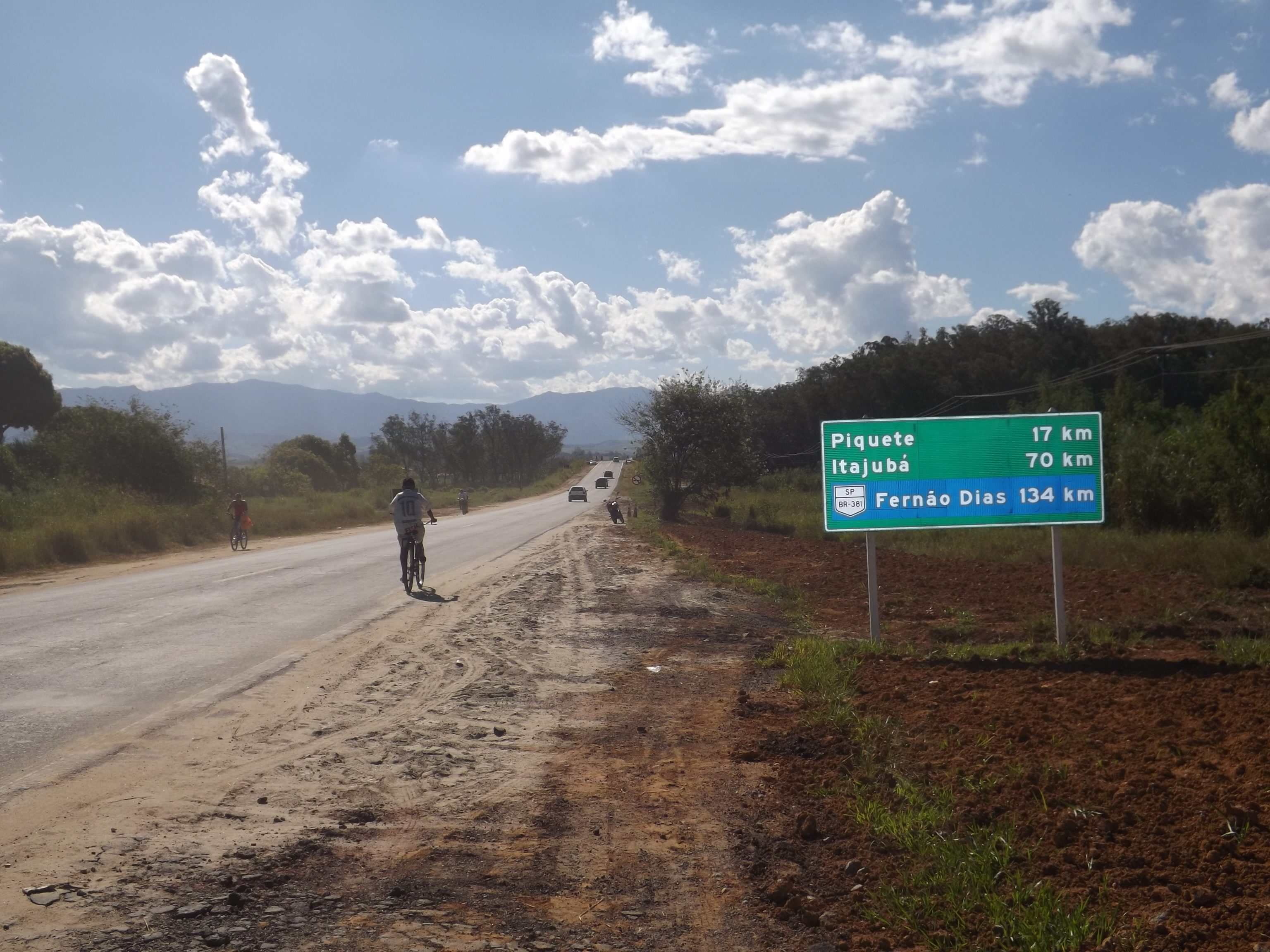 Ligação de Lorena ao sul de Minas, a BR-459 que foi reaberta na última quarta (Lucas Barbosa)
