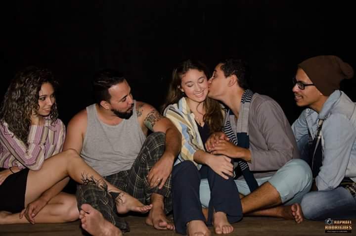 """Os atores da Cia Vá de Teatro, que se apresentam no Teatro São Joaquim neste sábado com a peça """"A Gosto"""" (Foto: Divulgação)"""