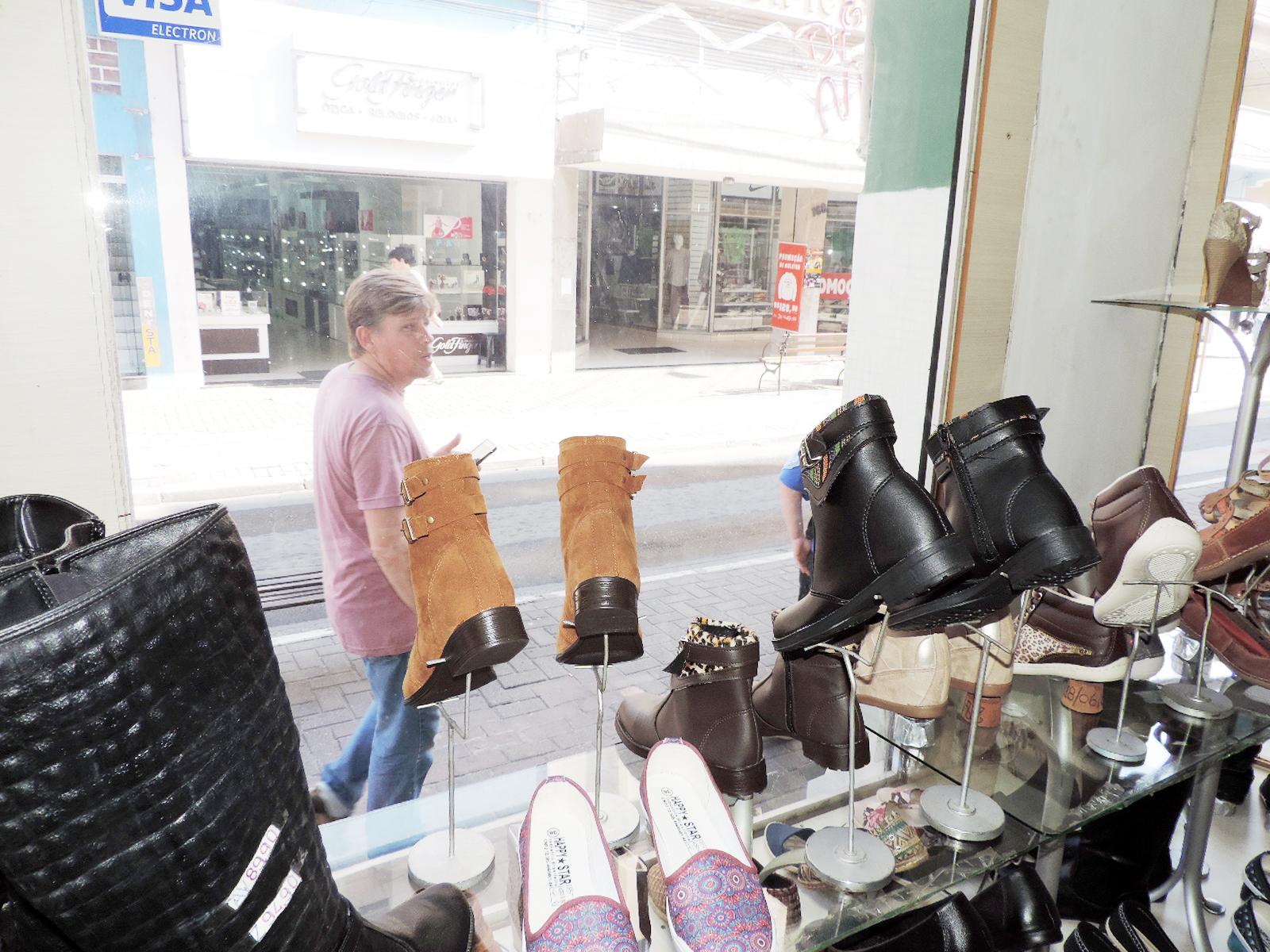 O comércio de Lorena segue como carro-chefe na economia do município; setor tenta se recuperar (Foto: