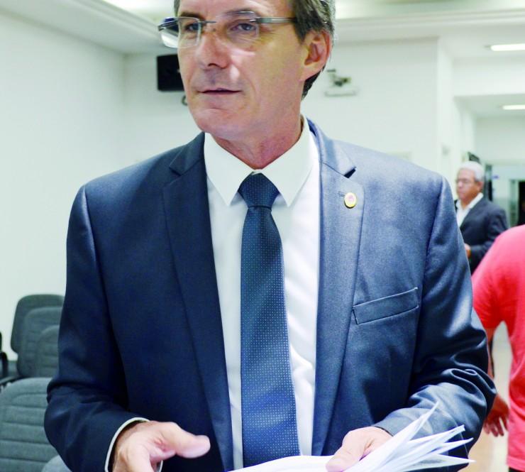 Vereador de oposição questiona déficit semestral de R$ 1,4 milhão da Saeg