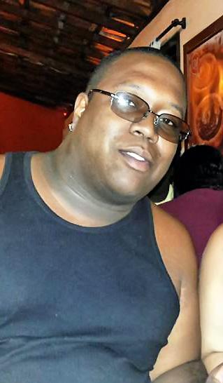 Alexandre Pimentel Soneto, segurança morto na troca de tiros em frente a casa de shows em Pindamonhangaba (Foto: Reprodução)