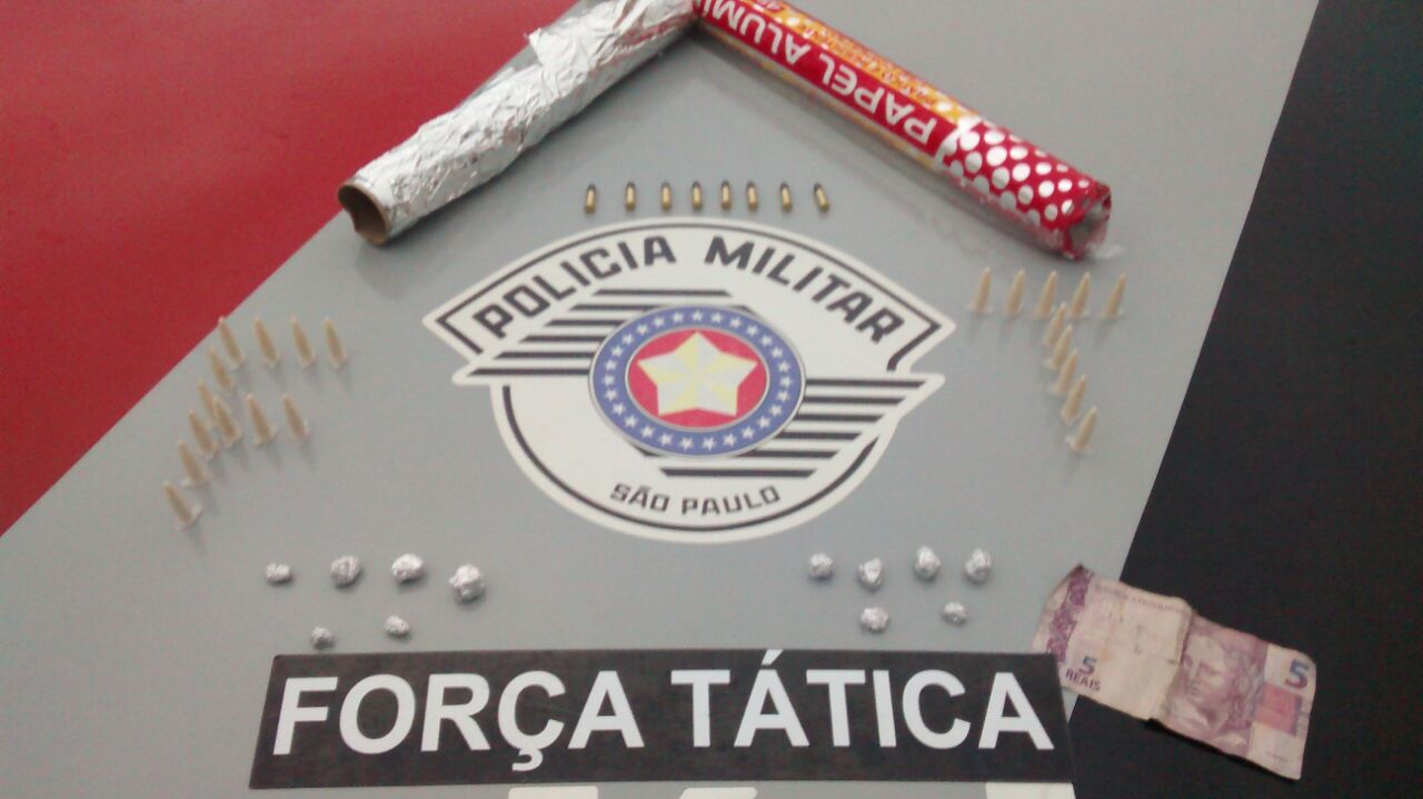 Material apreendido em Potim no último domingo (Foto: Divulgação PM)