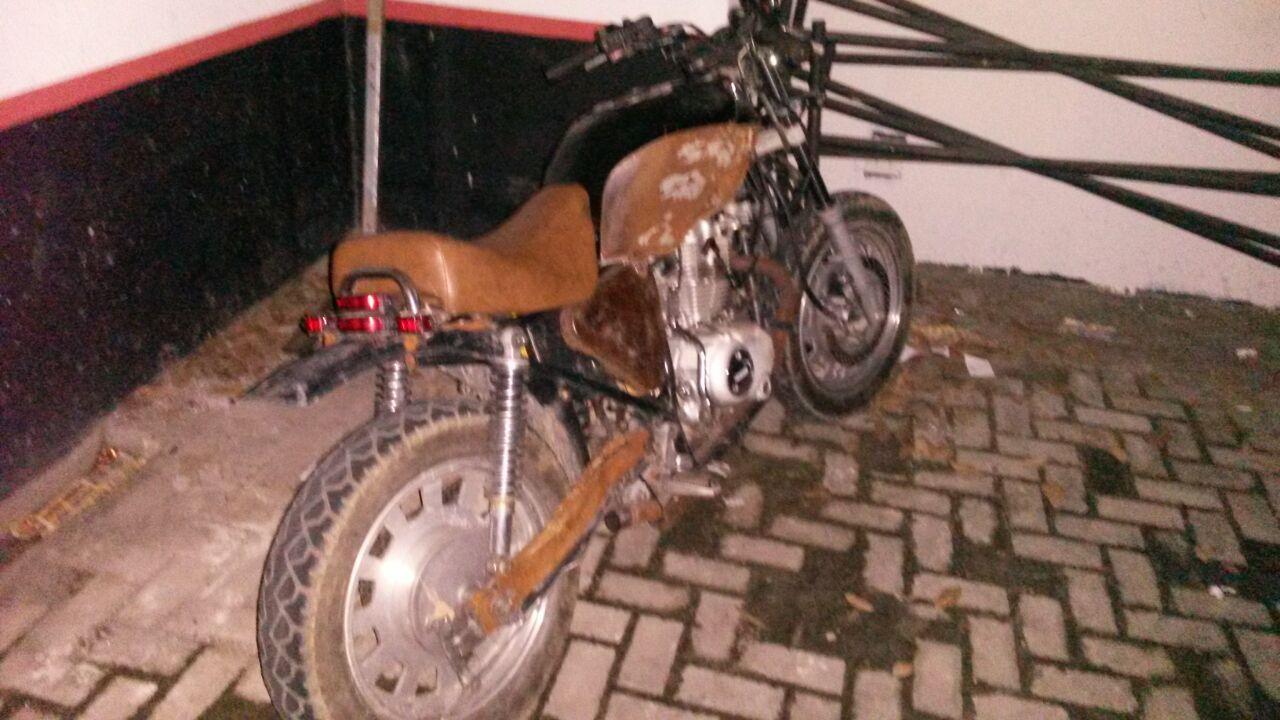 Moto furtada em Lorena é encontrada neste final de semana (Foto: Divulgação PM)