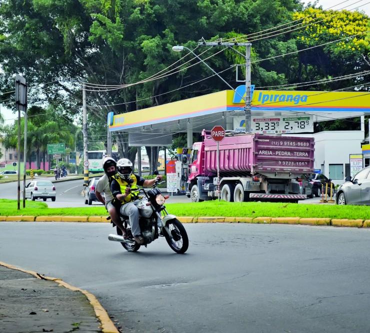 Alteração na lei para mototáxi é adiada na Câmara de Guará