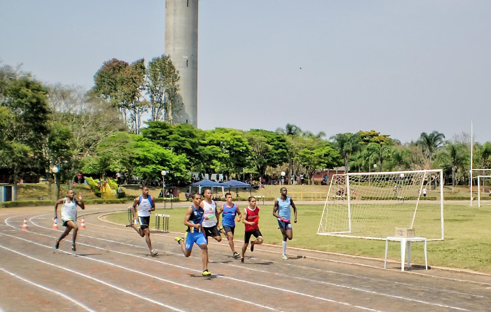 Jovens atletas são foco do projeto que tenta ativar o Fadenp em Guaratinguetá (Foto: Arquivo Atos)