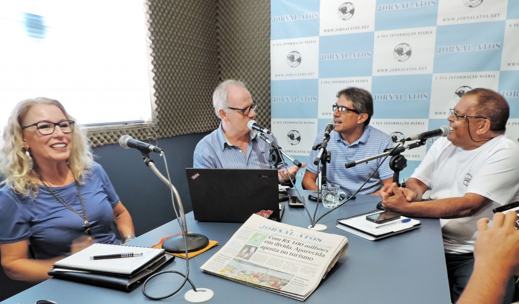 Mila Trepichio, agora secretária de Comunicação, acompanhou o prefeito Fábio Marcondes no Programa Atos no Rádio, onde foram anunciadas as mudanças no secretariado