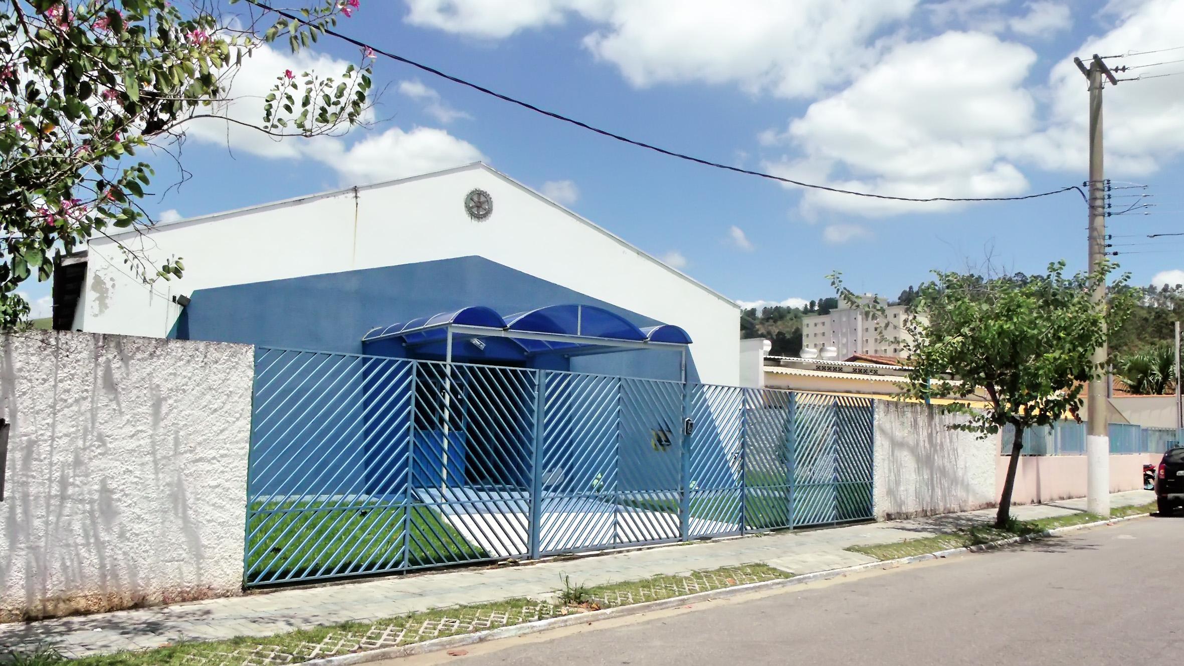Creche municipal da Santa Terezinha, de onde menino foi levado por engano para outra unidade da rede pública; funcionários não notaram erro (Foto: Rafael Rodrigues)