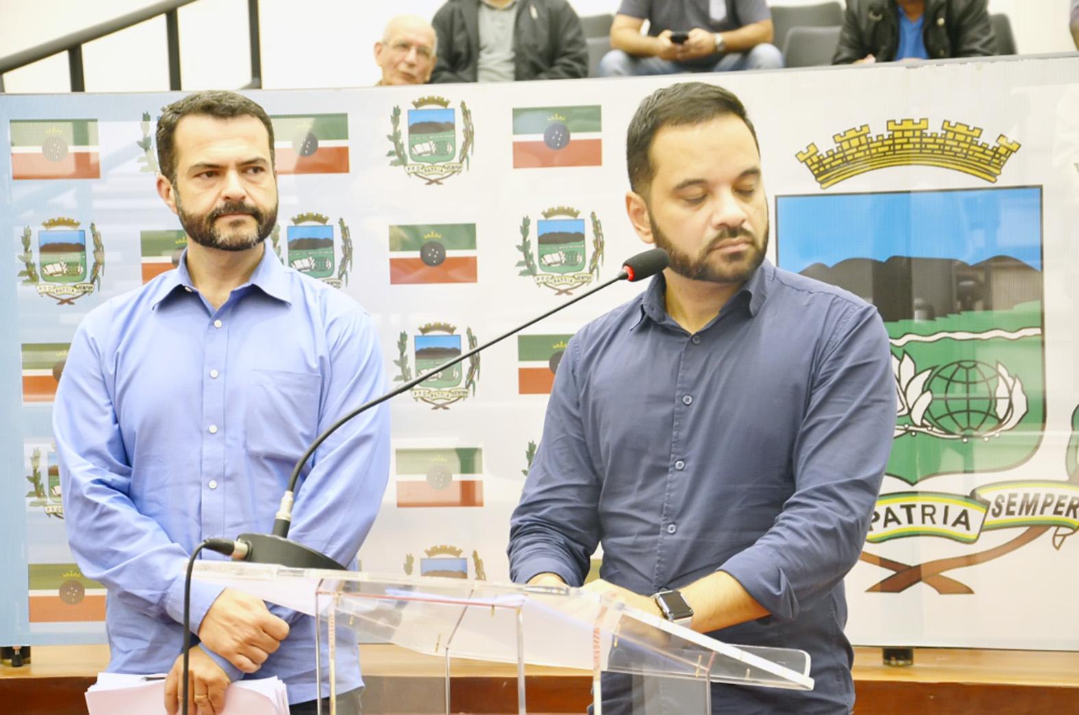 O secretário João Carlos Muniz e o diretor de Convênio e Captação de Recursos, Rodrigo Lóssio Ferreira (Foto: Divulgação)