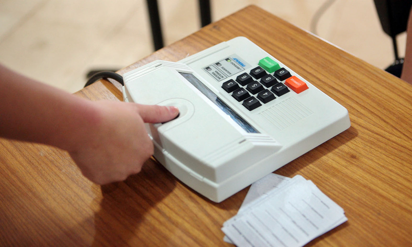 Registro de biometria, realizado pela Justiça Eleitoral para organizar sistema para a próxima eleição (Foto: Reprodução/TRE)