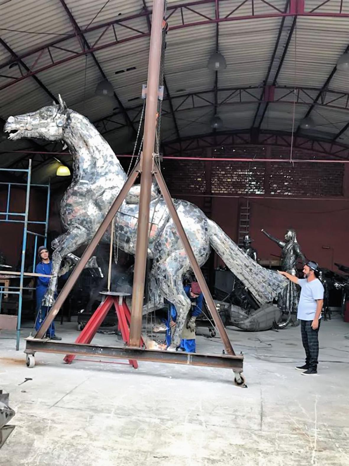 Escultura que será instalada em homenagem à festa da Padroeira (Foto: Divulgação)
