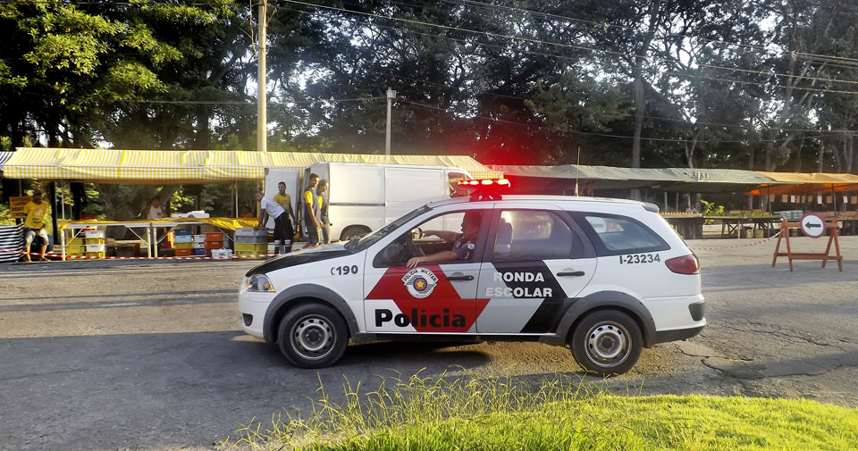 O trabalho da Polícia Militar em Guaratinguetá (Foto: Arquivo Atos)