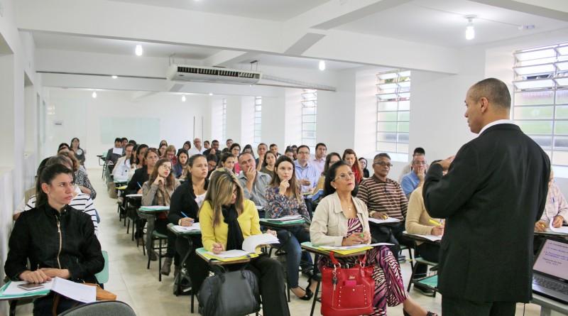 Capacitação à entidades assistenciais de Pinda, realizada em abril; sistema aprovou 16 das 25 instituições participantes da cidade (Foto: Divulgação PMP)