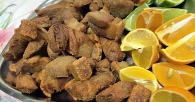 A tradicional porção de torresminho, prato presente no menu do Festival de Tira Gosto em Guaratinguetá (Foto: Reprodução)