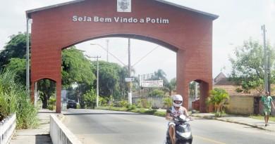 O portal de Potim, cidade que colocou em prática trabalho para implantação de Plano Diretor do Turismo (Foto: Arquivo Atos)