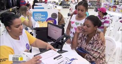 Famílias são beneficiadas com kit conversor gratuito; Seja Digital realiza mutirão em Canas (Foto: Divulgação)