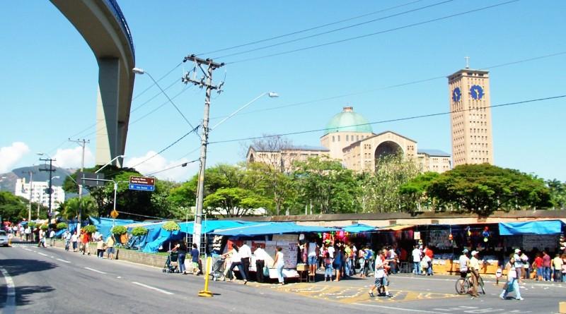 Área ao redor do Santuário Nacional, formado por avenidas, compreendem menor rodovia federal do Brasil; novas obras de recuperação  (Foto Arquivo Atos)