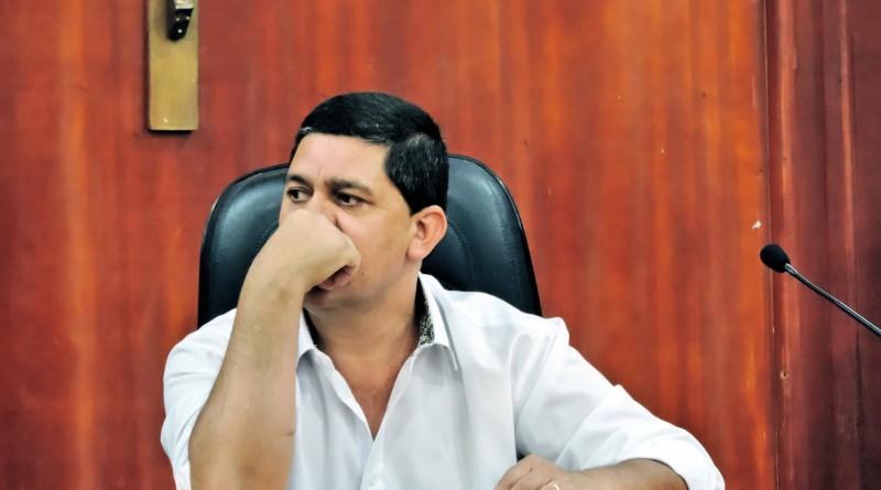 O prefeito Edson Mota, que conseguiu nova aprovação na Câmara (Foto: Arquivo Atos)