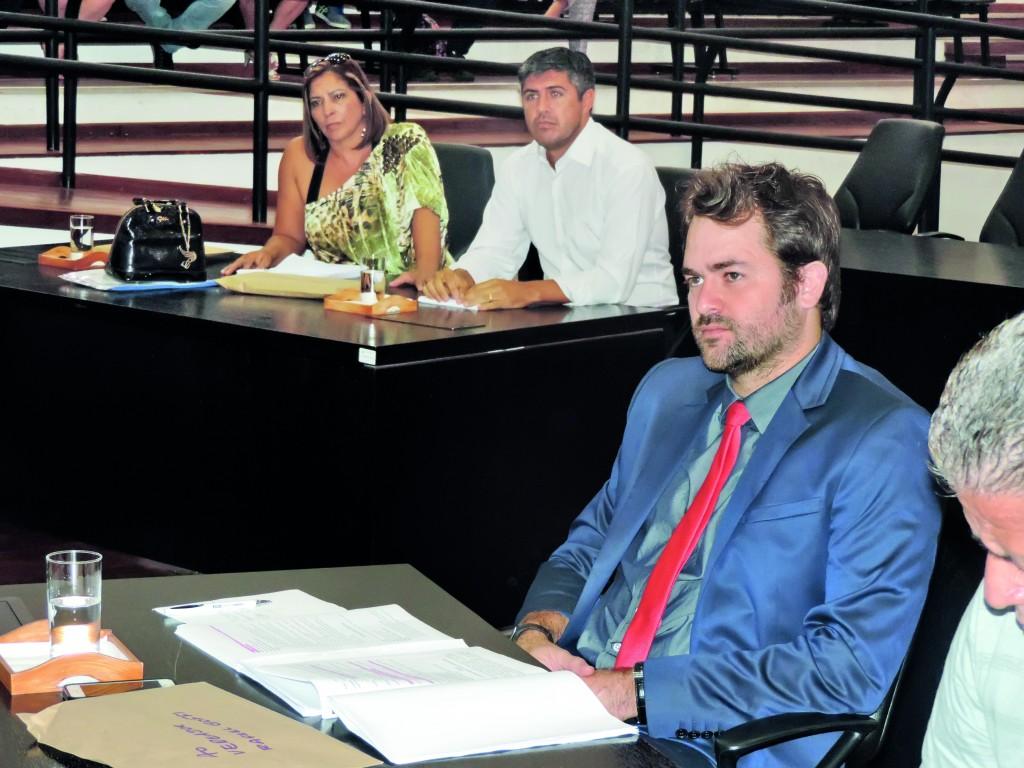 Rafael Goffi e Renato Cebola, vereadores que divergiram sobre investigação em cobrança complementar do IPTU; uma CEI e dois relatórios (Foto: Arquivo Atos)