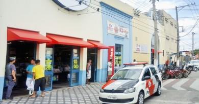 Supermercado alvo de assaltantes em Lorena; combate à criminalidade na região garante queda no número de ocorrências no início do ano (Foto: Arquivo Atos)