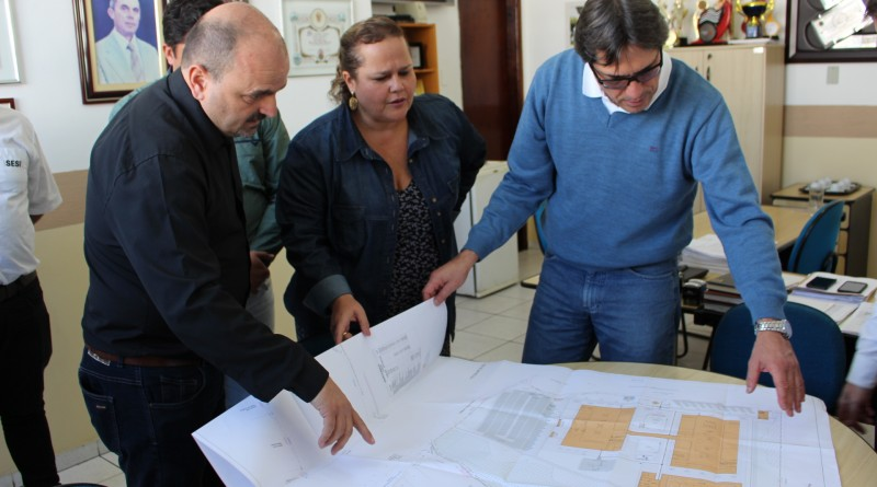 Reunião que debateu projeto que agora conta com a licença ambiental (Foto: Divulgação)