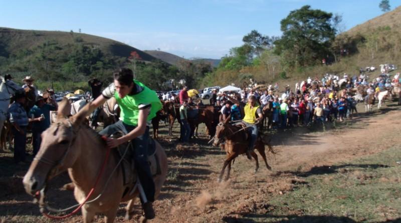 A tradicional e irreverente Formula, destaque em Silveiras; cidade espera grande número de visitantes (Foto: Reprodução)