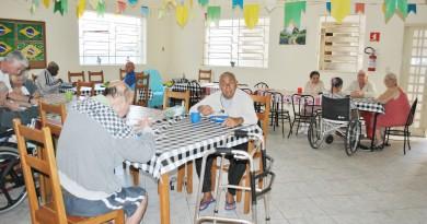 COR - Idosos Asilo Cruzeiro (5)