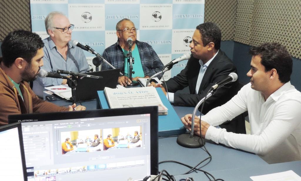 Deputado federal e ex-ministro dos Esportes Orlando Silva em participação especial no Atos no Rádio, com o vereador de Lorena Fábio Matos
