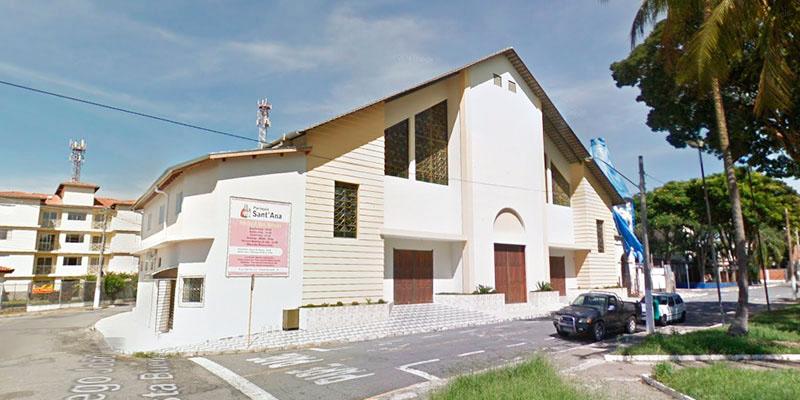 A Paróquia de Sant'Ana, construída há quase 18 anos, alvo de polêmica após decisão judicial por demolição (Foto: Reprodução)