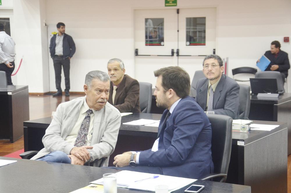 Felipe Cesar confabulando com Goffi
