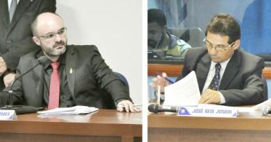 O presidente da Câmara, Marcelo Marcondes (à esq.) que leu a extinção do cargo do vereador Dudu (à dir.); processo analisa ligação com entidade (Fotos: Reproduções)