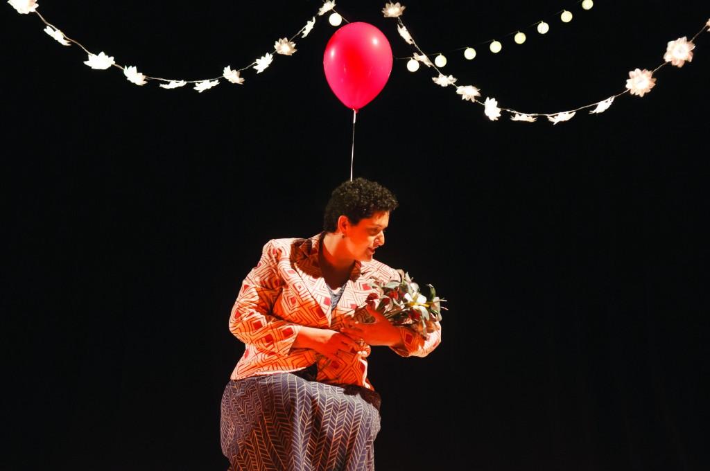 Trecho da peça sobre Zilda Arns que está em cartaz em Lorena (Foto: Divulgação)