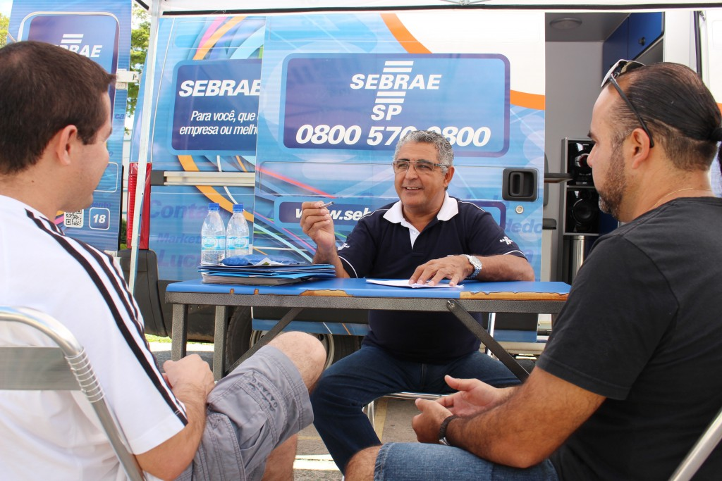 Atendimento do Sebrae para empreendedores da região; semana tem palestras para Cruzeiro, Pinda e Guará (Foto: Arquivo Atos)