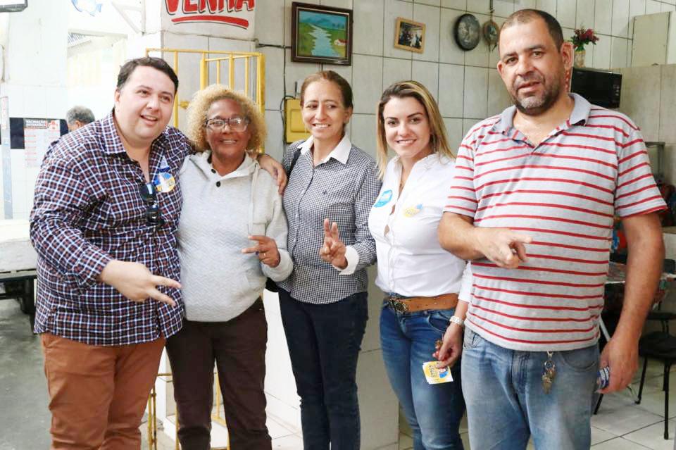 Entre Celso e Michelli, as apoiadoras de campanha
