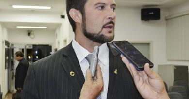 O presidente da Câmara, Marcelo Coutinho, o Celão que conseguiu brecar o reajuste dos vereadores (Foto: Arquivo Atos)