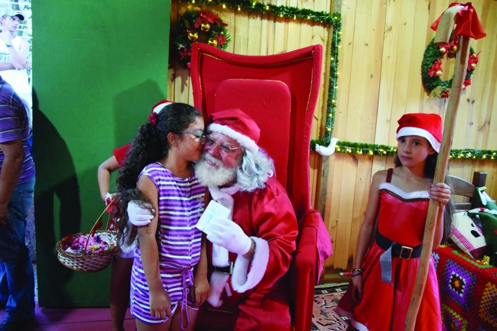 Papai Noel é destaque de evento em Guaratinguetá; cidades da região têm promoção especial até dia 23 (Foto: Reprodução PMG)