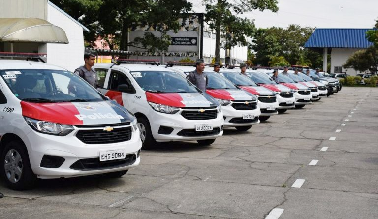 Viaturas da Polícia Militar entregues nesta semana; 41 veículos tentam diminuir dificuldades no Vale (Foto: Divulgação PM)