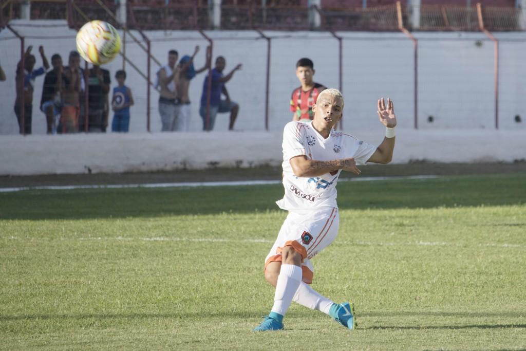 Hendrick, sucesso na Copinha, que segue com futuro indefinido  (Foto: Bruno Motta)