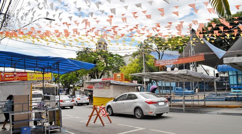 Praça Benedito Meirelles, que recebe a Festa de São Benedito, em Aparecida; Prefeitura projeta organização para nova edição do evento (Foto: Arquivo Atos)