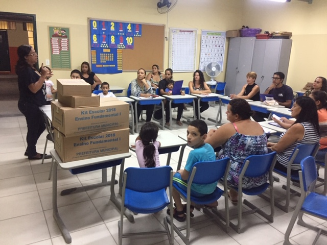A prefeitura de Guaratinguetá está distribuindo kits escolares para alunos da rede municipal(Foto: Reprodução PMG).