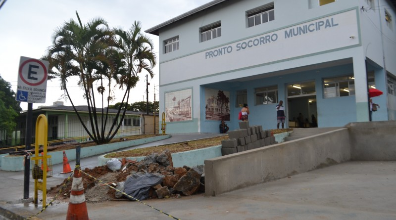 A Santa Casa de Pindamonhnagaba; rede pública enfrenta problemas com número recorde de ausências em exames e consultas no último ano (Foto: Jéssica Dias)