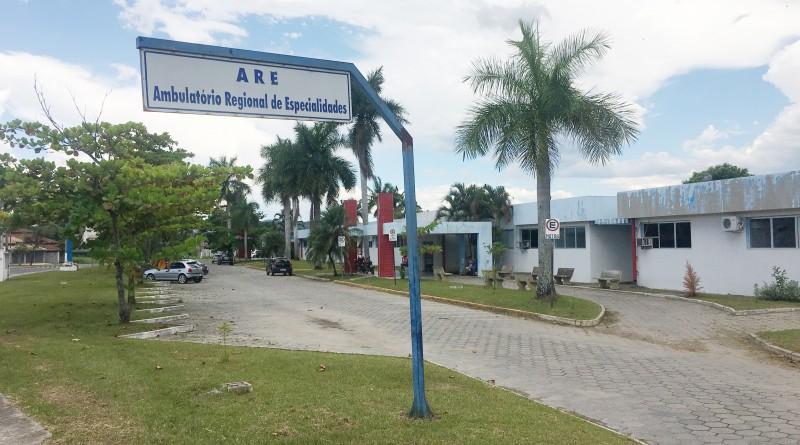 Ambulatório Regional de Especialidades de Cruzeiro; secretaria de Saúde rastreia veículos por fiscalização (Foto: Jéssica Dias)