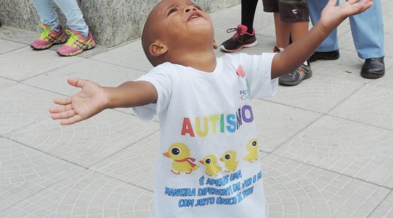 Crianças com espectro autista são um dos focos de projeto aprovado em Guará para impedir fogos (Foto: Arquivo Atos)