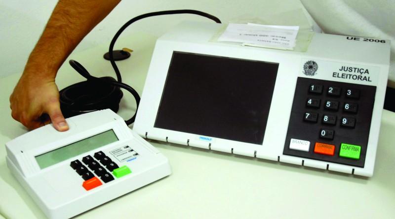 Eleitor participa de cadastro biométrico; procura na região é baixa (Foto: Reprodução EBC)