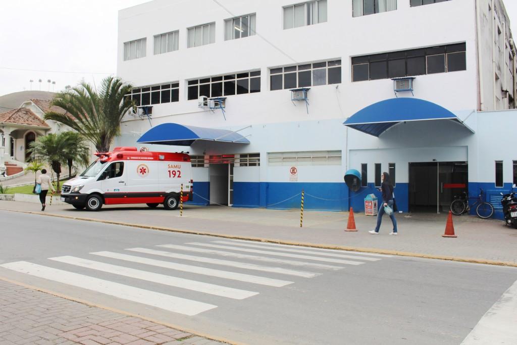 Pronto atendimento em Aparecida; cidade sofre com crise na saúde (Foto: Arquivo Atos)