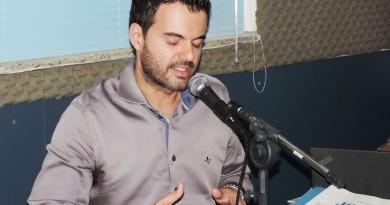 O prefeito de Cruzeiro, Thales Gabriel Fonseca, que teve contas de campanha apontadas na justiça (Foto: Arquivo Atos)