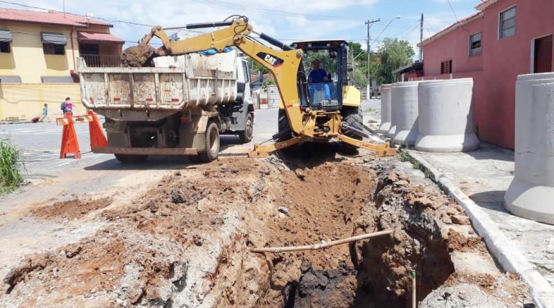 Obra de drenagem da Prefeitura de Pinda; cidade investe para evitar novos problemas com chuvas (Foto: Divulgação PMP)