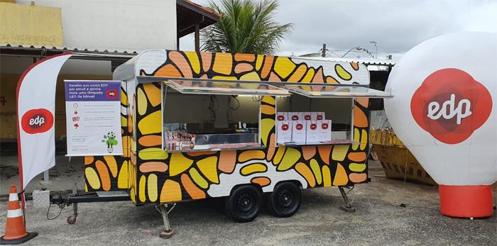 o Led Truck da EDP que estará na praça Conselheiro Rodrigues Alves esta semana; oito mil lâmpadas serão trocadas em Guará (Foto: Divulgação)
