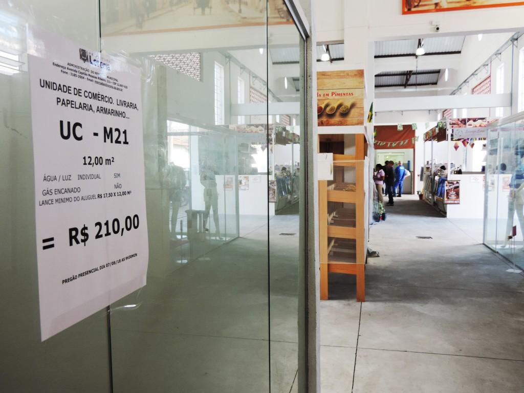 O Mercadão de Lorena, que ainda possui boxes vazios, novo pregão tenta atrair pequenos empresários (Foto: Arquivo Atos)