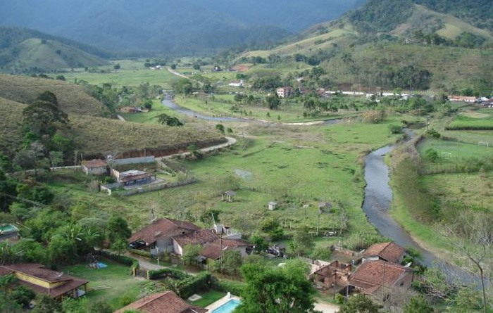 O Ribeirão Grande que passa por trabalho de preservação da Prefeitura; bairro recebe processo de regularização fundiária (Foto: Divulgação PMP)